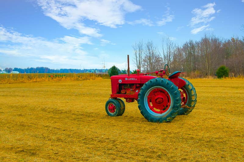 Tractor;Antique;Old;Farm Equipment;rural;Tipton County;red;rust;Indiana;Midwest;farming