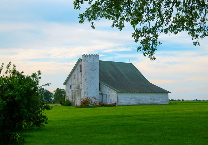 Barn;barns;farm;red;green;Indiana;Midwest;Tipton County;rural;white;rural