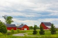 Baen;barns;farm;family-farm;windmill;ClintonCounthyIndiana;Midwest;Red;green;rural