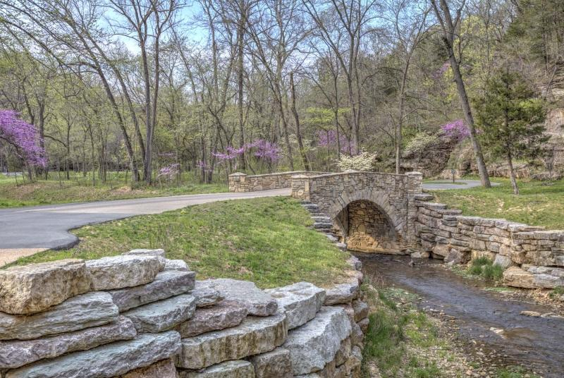 dogwood canyon;mo;missouri;water;nature;spring;creek;lampe;bridge;walking path