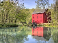 red;green;yellow;horizontal;fall;trees;building;water;mill;alley-mill;alley-spring;eminence;mo;misso